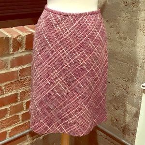 "💜 Ann Taylor Plaid Wool Skirt 22.5"" Length"
